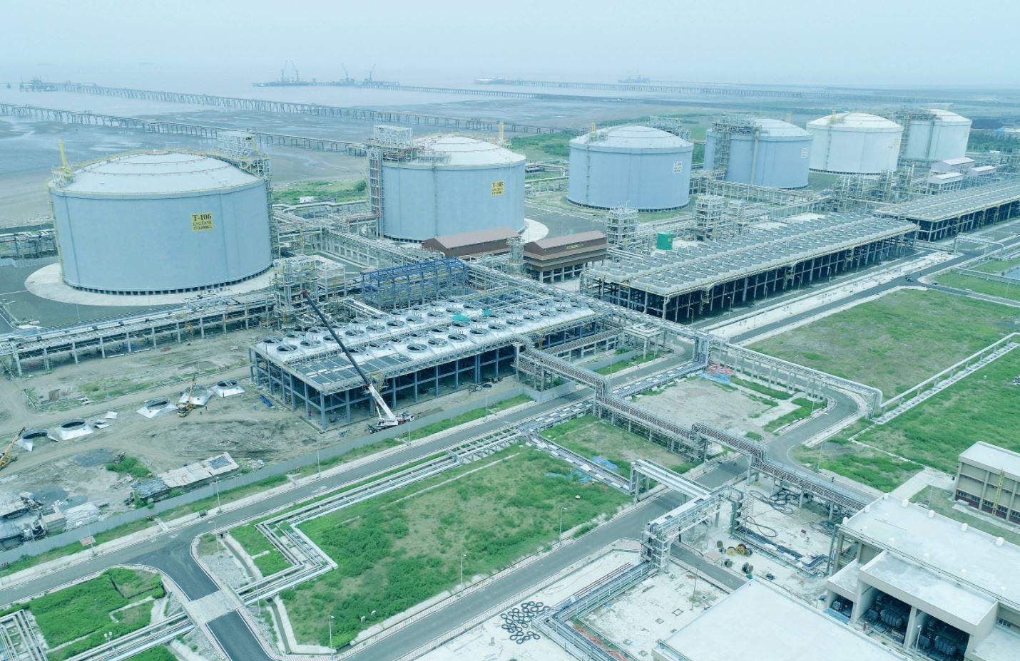 India's January LNG imports drop