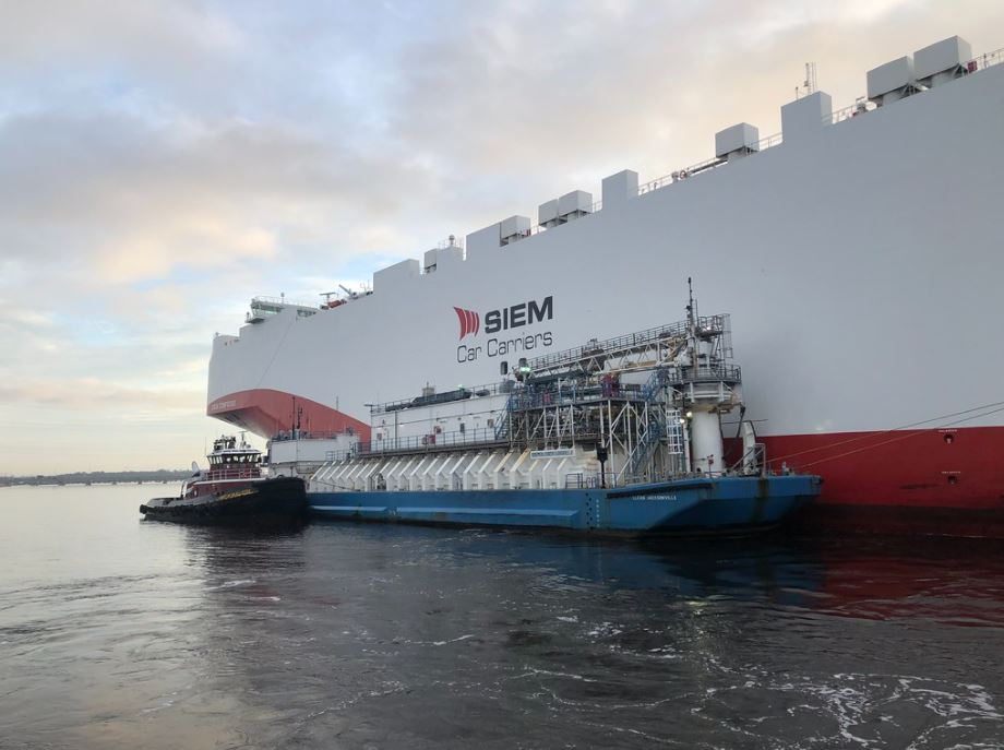 Jax LNG and Tote in milestone Jacksonville bunkering operation
