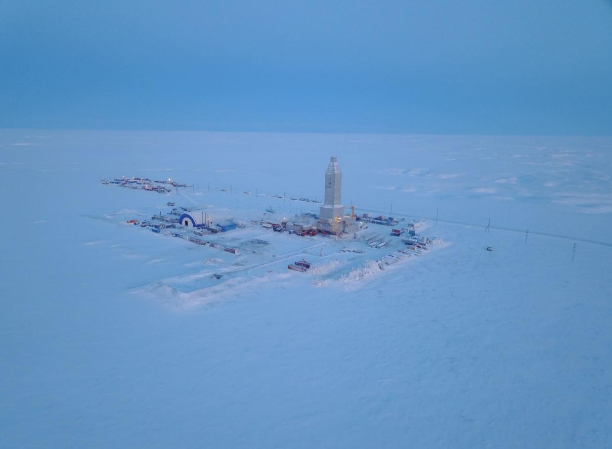 Novatek's finance chief Arctic LNG 2 signs several new deals as construction progresses