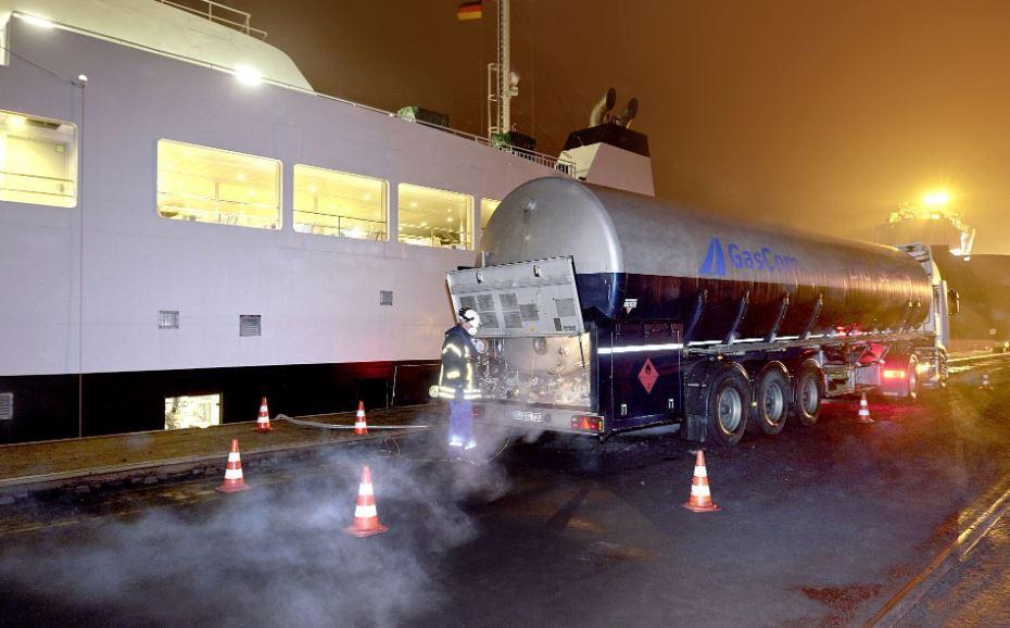 Brunsbuttel hosts first LNG bunkering op for Greenferry I