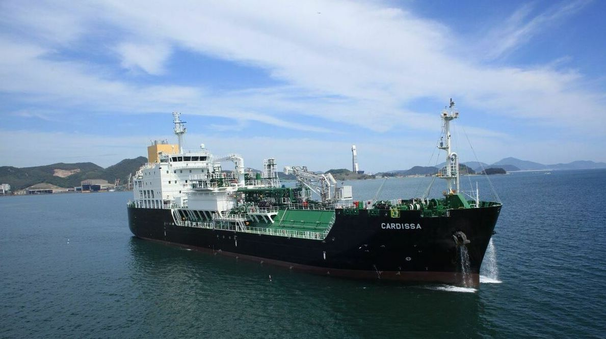 Shell charters Knutsen's newbuild as LNG bunkering business grows