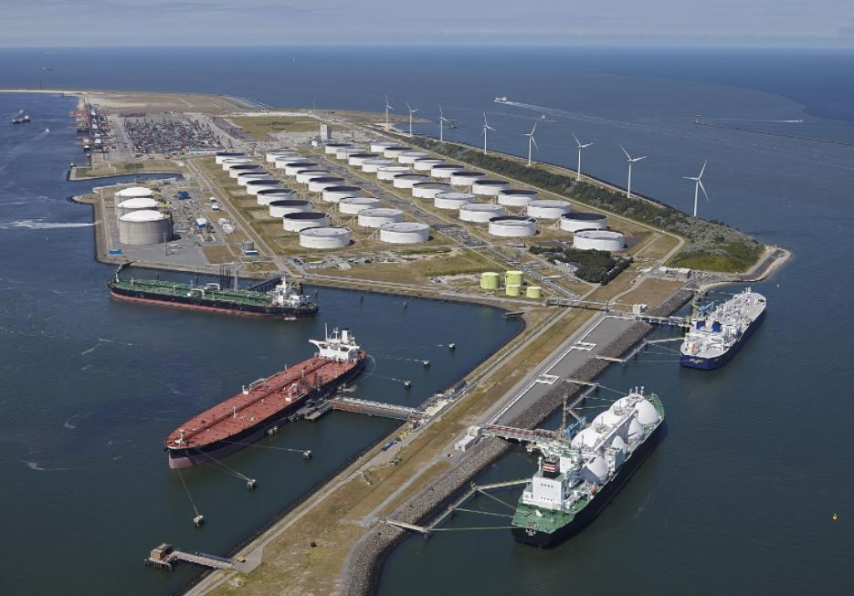 Dutch Gate LNG terminal plans first major maintenance in ten years