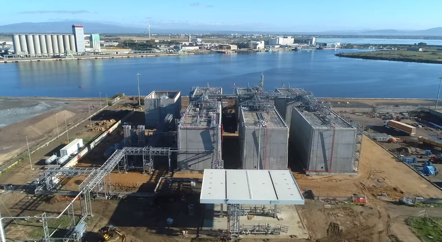 Stolt Nielsen says Avenir LNG's Italian terminal to launch in May