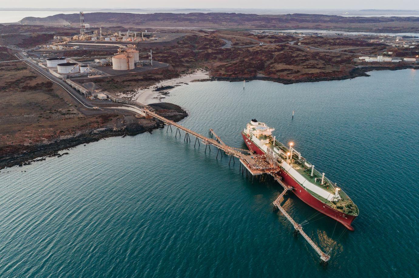Australia's Woodside sets Pluto LNG emissions targets