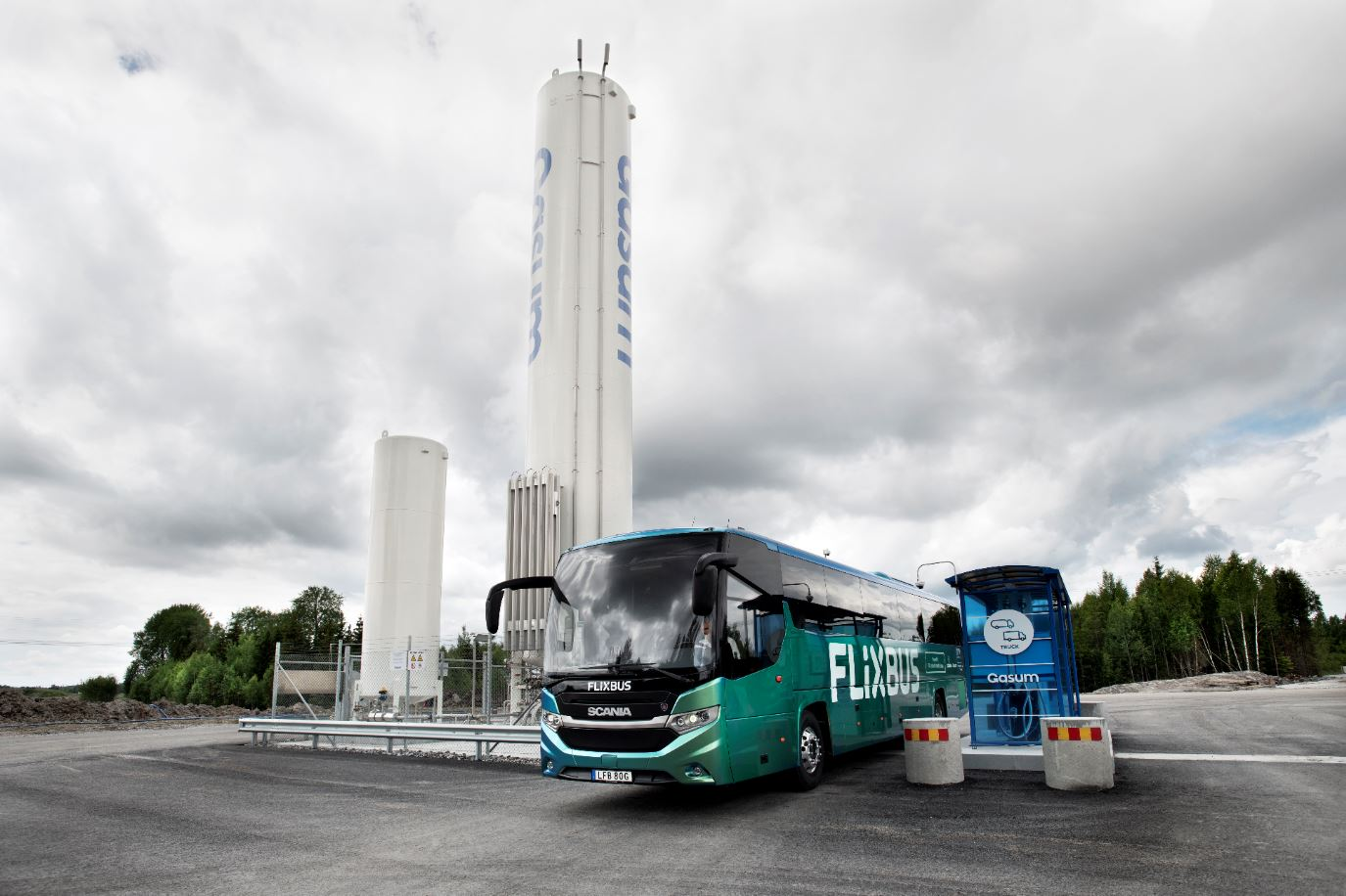 FlixBus launches biogas-powered buses