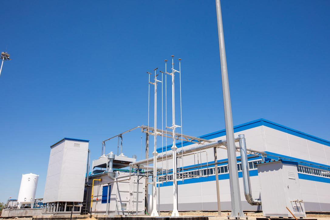 Gazprom launches small-scale LNG plant near Vladivostok