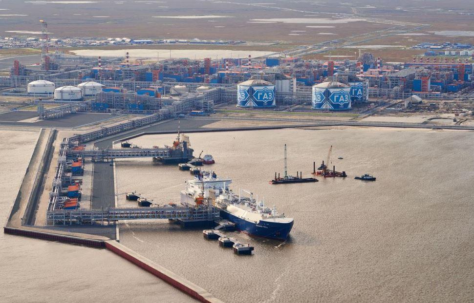 Russia backs Novatek's LNG transshipment terminal in Kamchatka