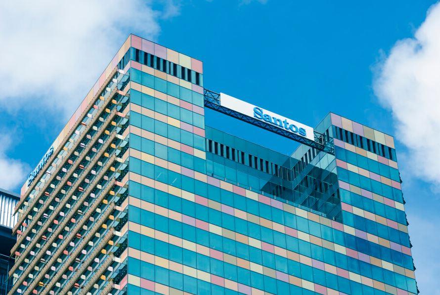 Australia's Santos logs higher quarterly revenue