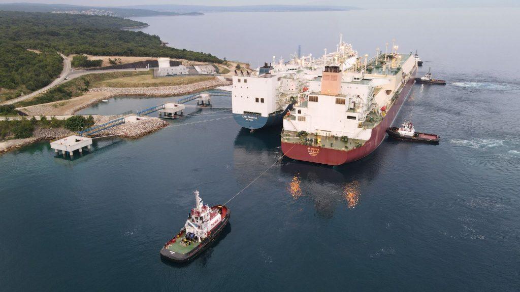 First Q-Max vessel docks at Croatian FSRU
