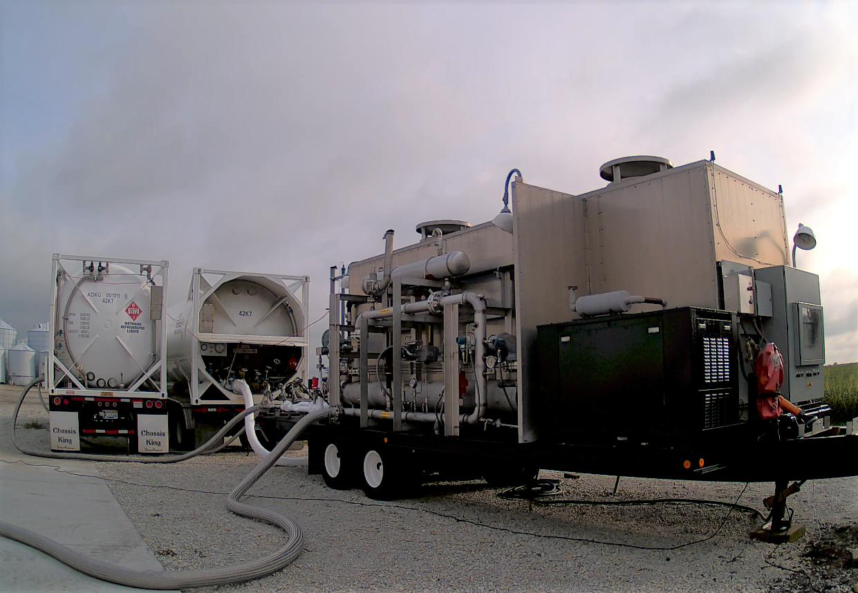 Kinder Morgan buys small-scale LNG firm Kinetrex
