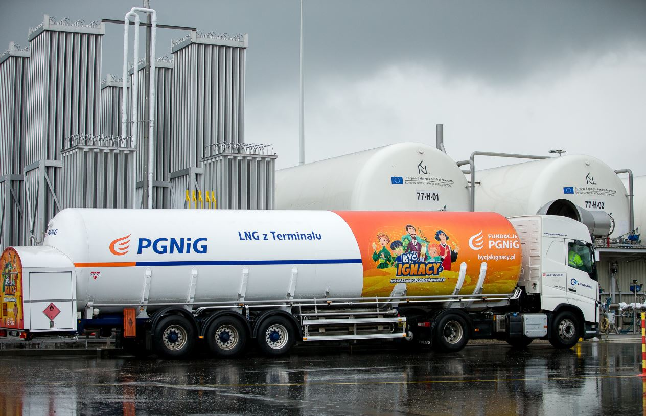 Poland's PGNiG marks new Lithuanian LNG trucking milestone