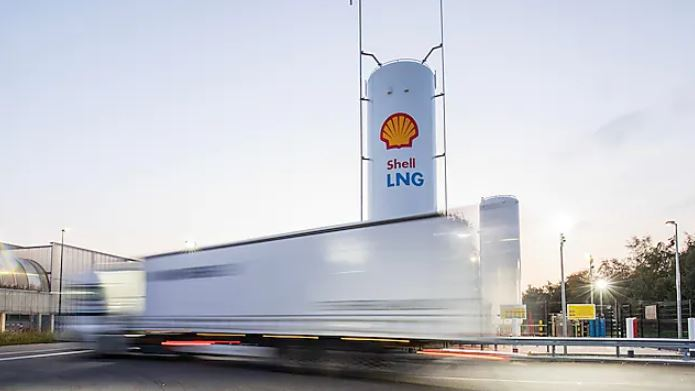 Shell adds four new LNG filling stations in Germany
