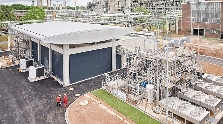 Shell launches hydrogen electrolyser in Germany