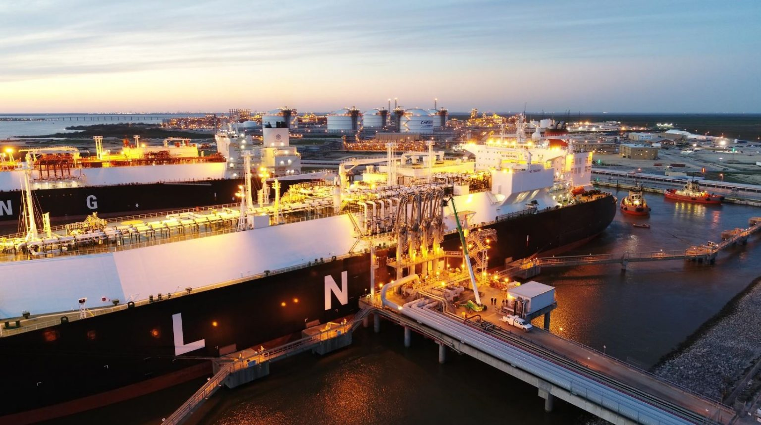 US weekly LNG exports drop to 20 cargoes