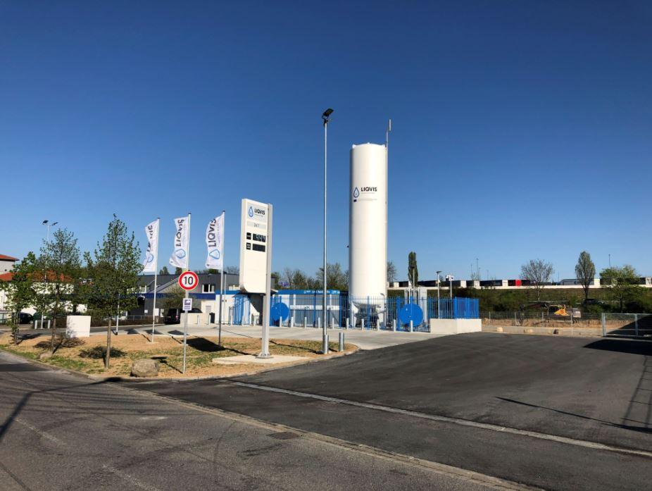 Uniper's Liqvis, partners test bio-LNG trucks in Germany