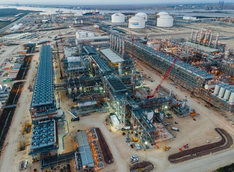 Cheniere to introduce feed gas to 6th Sabine Pass LNG train
