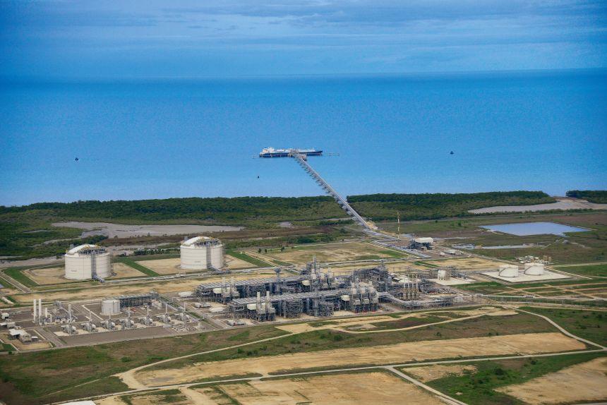 Oil Search, Santos enter definitive merger deal