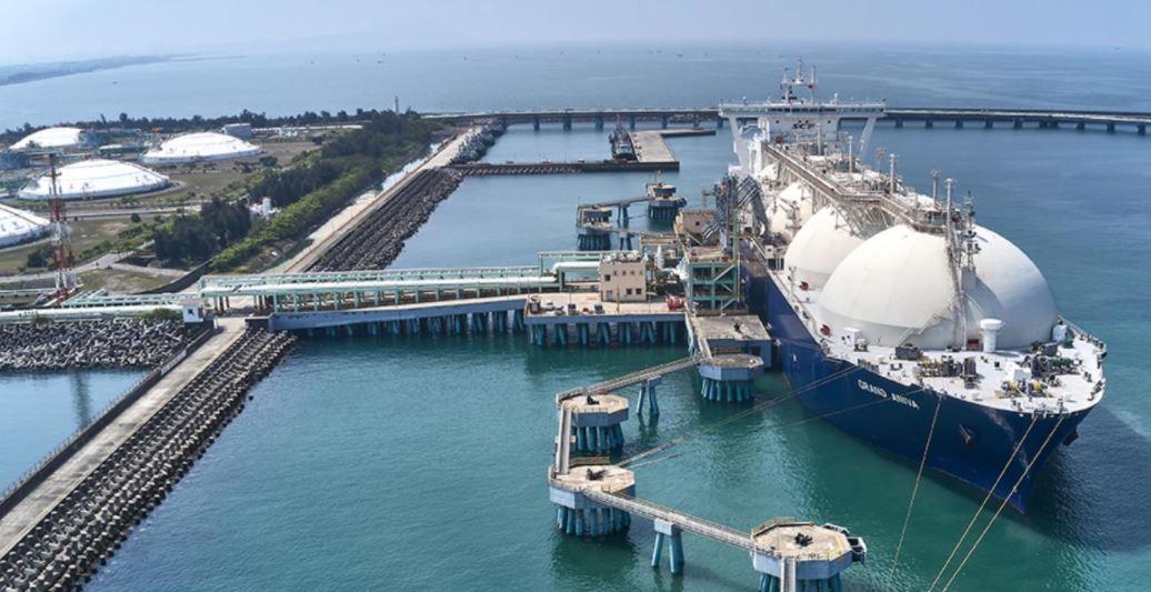 Taiwan's CPC, TSMC ink carbon-neutral LNG deal