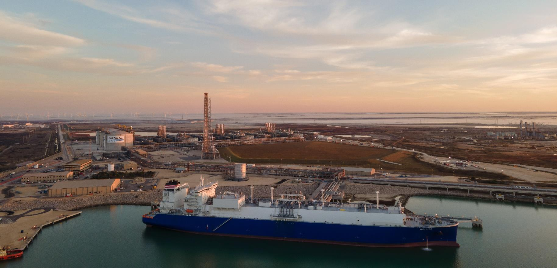 US weekly LNG exports drop, Henry Hub spot gas price jumps