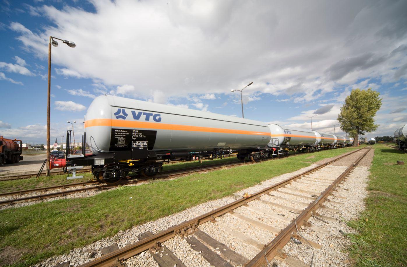 Uniper's Liqvis, VTG in LNG rail move