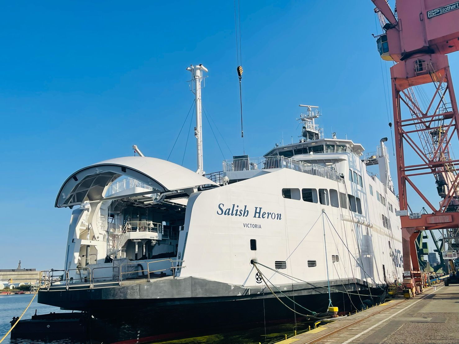 BC Ferries' newbuild wraps up first LNG bunkering op in Poland